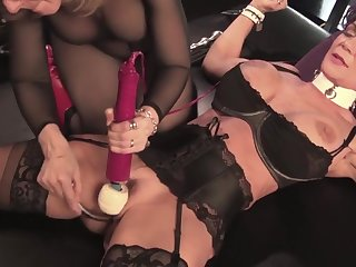 Sexperiments Approximately Elegant Lady Approximately Stockings - HARDCORE MOVIE