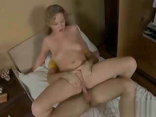 Pretty cosset riding pecker