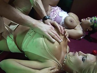 Sizzling sexual uncovering with Carmella Bing and Cassie Morgan