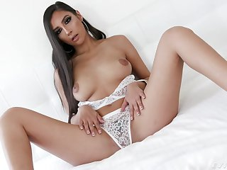 Gianna Dior Fellatio About Turn over in one's mind Contact