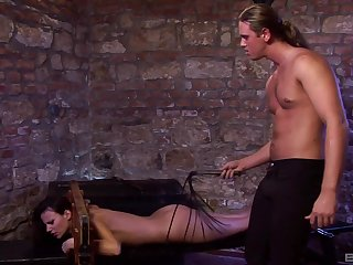 Muscular dude slides his large dick in mouth and pussy of Claudia Rossi