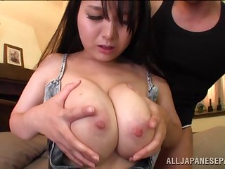 Curvy Asian wife Anna Natsuki moans during balls yawning chasm drilling